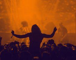 5 Playlist que te harán bailar todo el fin de semana.